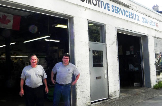Griffin Automotive Storefront with Mechanics